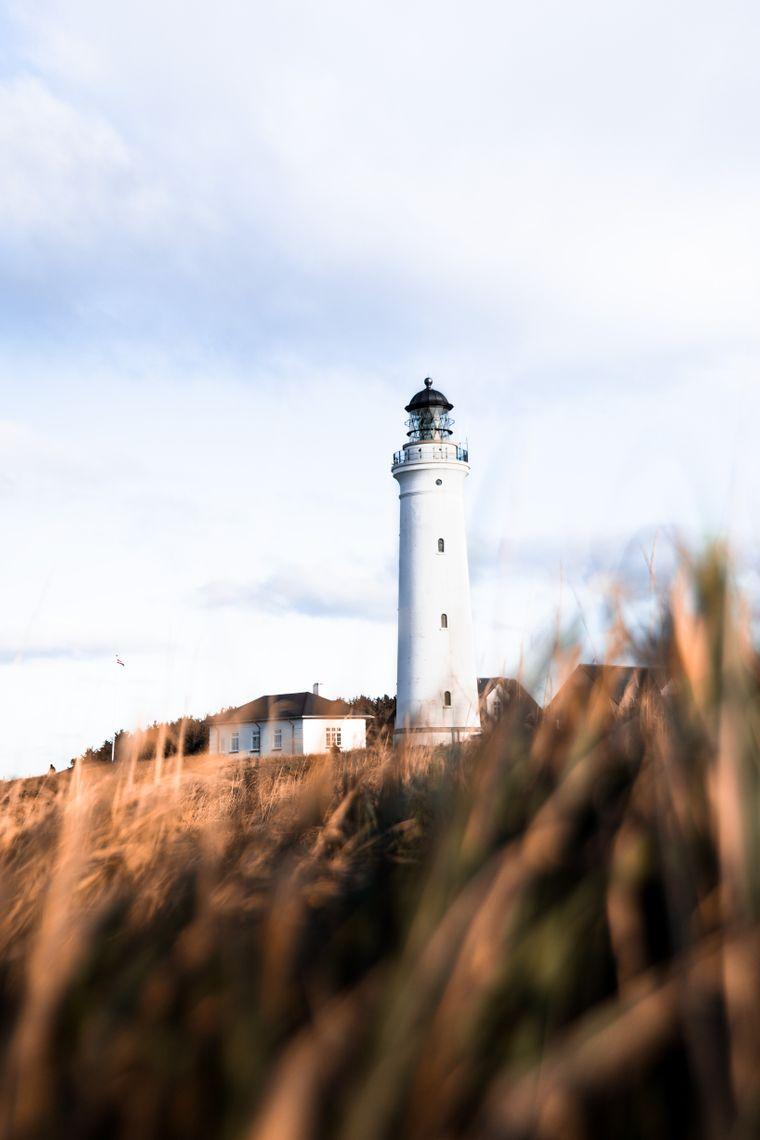 Hirtshals Fyr ist einer der höchsten Leuchttürme Dänemarks. Sein Feuer brennt auf einer Höhe von 57 Metern.