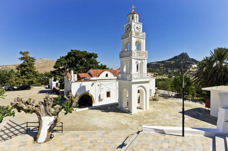 Das kleine Kloster Moni Tsambika steht 220 Meter über dem Meeresspiegel auf Rhodos.