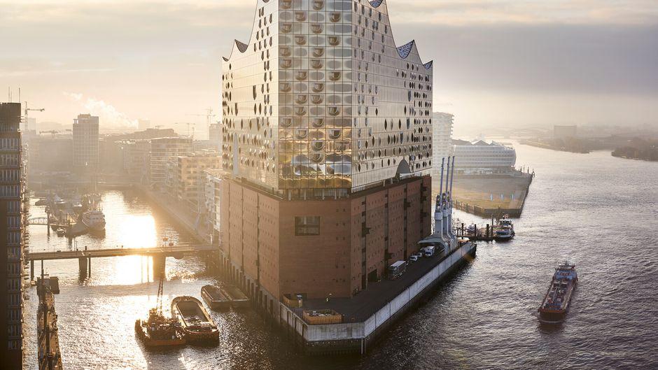 """Vielleicht das moderne Wahrzeichen Hamburg: die """"Elphi"""""""