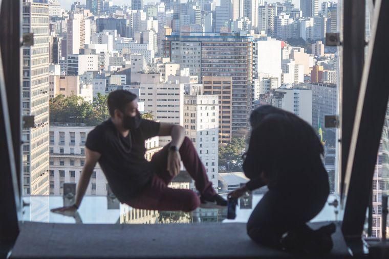 Die Glasboxen befinden sich im 42. Stock des höchsten Gebäudes von Sao Paulo.