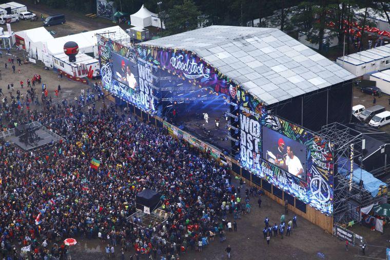 """Auf dem """"Pol'and'Rock Festival"""" (ehemals """"Haltestelle Woodstock"""") treten polnische und internationale Bands auf."""