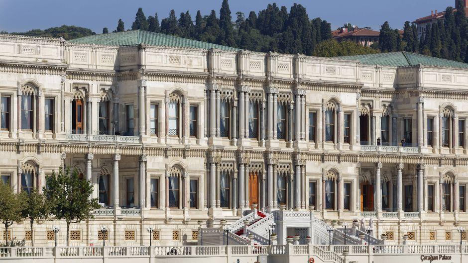 """Das Çırağan Palace Kempinski in Istanbul hat den World Travel Award als """"Europas führendes Hotel"""" erhalten."""