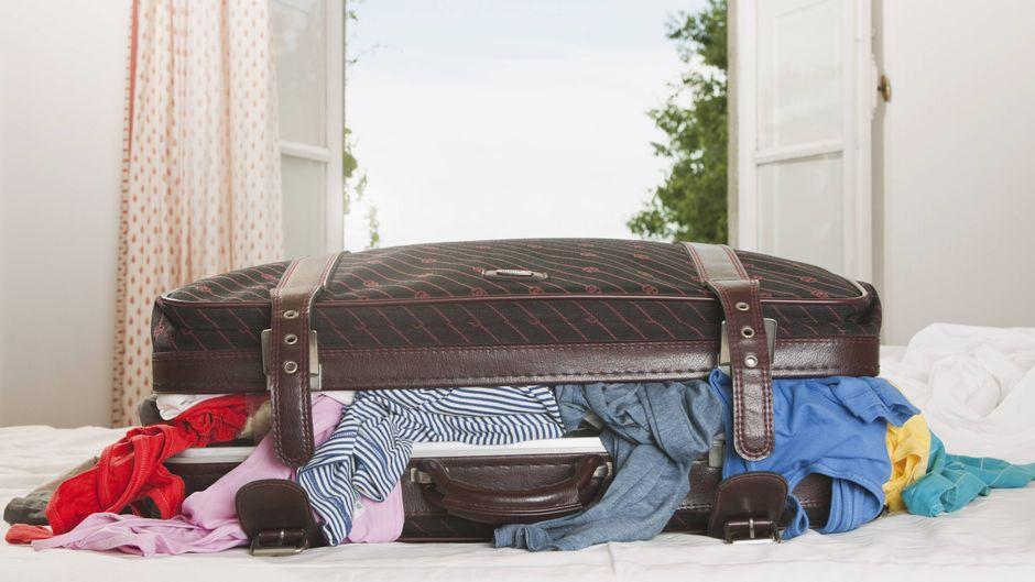 Koffers aufs Bett – ein No-Go für Jasmin.