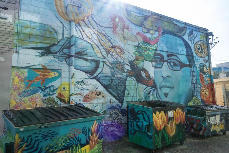 Diese Wand ist Bill Correira gewidmet, der 2012 an einem Hirntumor starb.