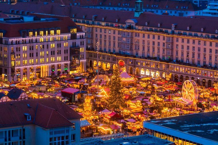 Der Striezelmarkt in Dresden.