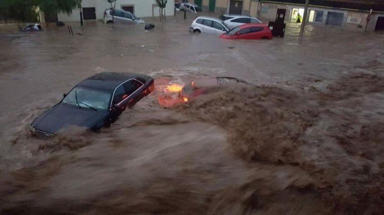 Dutzende Anwohner in Sant Llorenç wurden von den Wassermassen in ihren Autos überrascht.