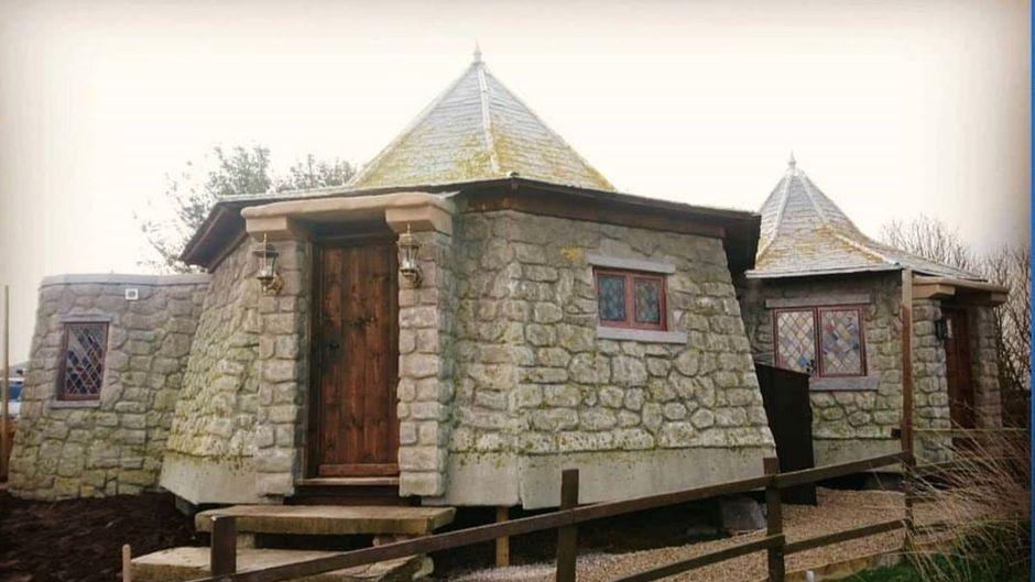"""Ist geräumiger, als es aussieht: In """"Hagrids Hütte"""" haben bis zu sechs Gäste Platz."""