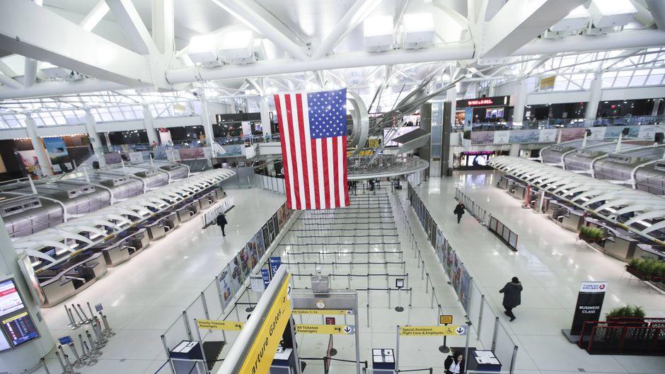 Ein Terminal am JFK International Airport in New York, USA.