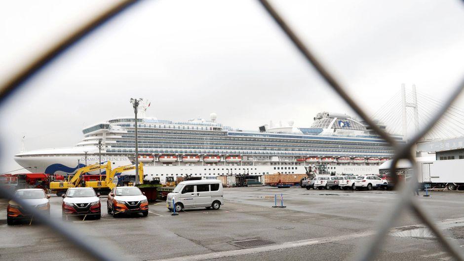 """Wochenlang lag das Kreuzfahrtschiff """"Diamond Princess"""" bei Tokio vor Anker."""