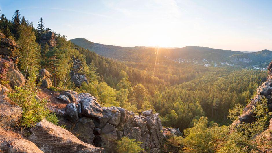 Ausblick von der Mönchskanzel im Zittauer Gebirge.