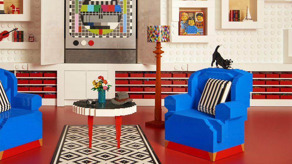 Das Wohnzimmer im Lego House in Billund, Dänemark.