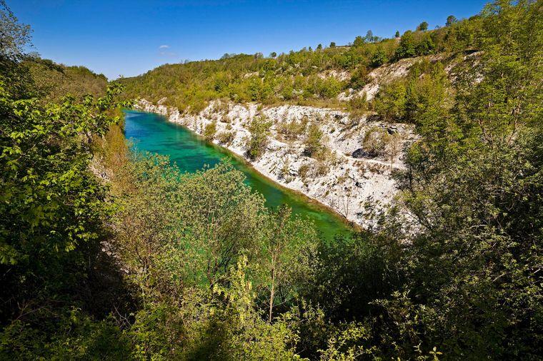 Der Canyon im Naturschutzgebiet Steinbruch im Lengerich lädt zu entspannten Wandertouren ein.
