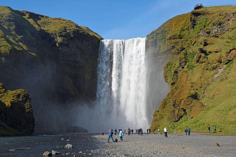 Der Skgafoss ist der wohl bekannteste Wasserfall auf ganz Island.