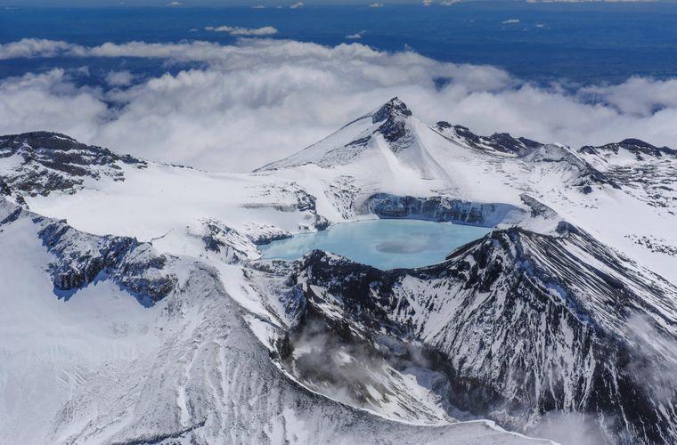 Ein türkisfarbener Kratersee auf dem Ruapehu.