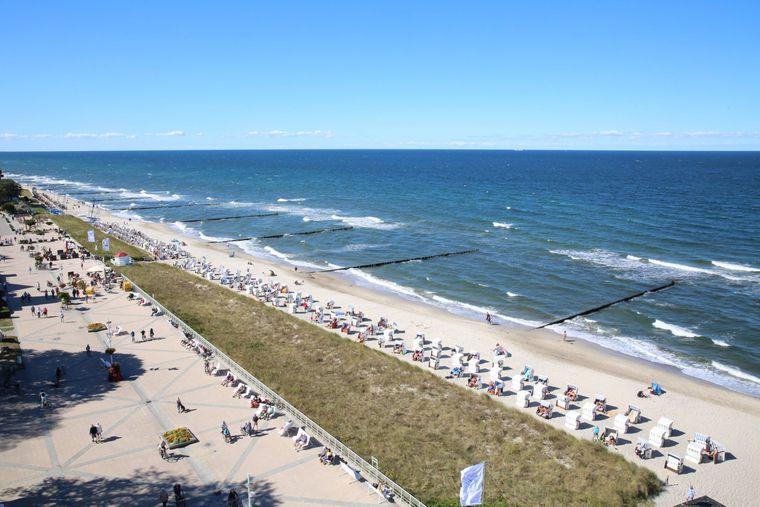 Blick auf den Strand von Kühlungsborn im Landkreis Rostock.