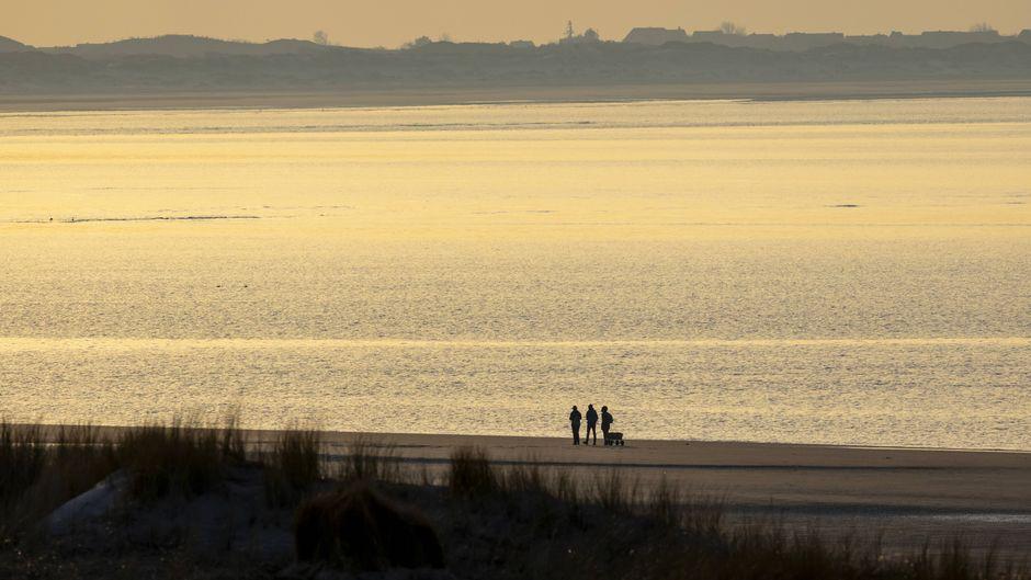 Nach wochenlangen Corona-Beschränkungen erlaubt die Nordseeinsel Langeoog Reisenden sogar einen Kurzurlaub.