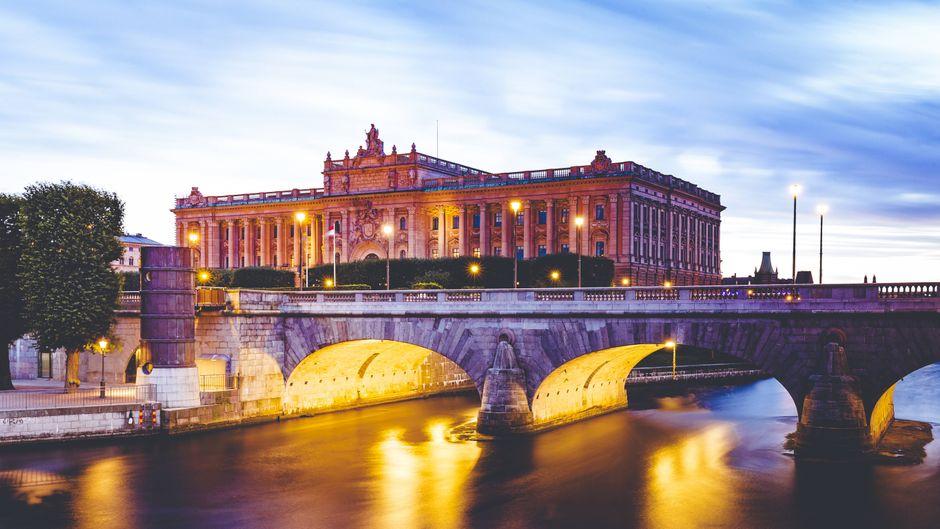 Städtereisen lohnen sich auch im Winter – zum Beispiel nach Stockholm. (Symbolbild)Städtereisen lohnen sich auch im Winter – zum Beispiel nach Stockholm. (Symbolfoto)