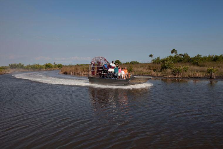 Die Airboats sind zwar offiziell ökologisch, machen aber einen Höllenlärm.