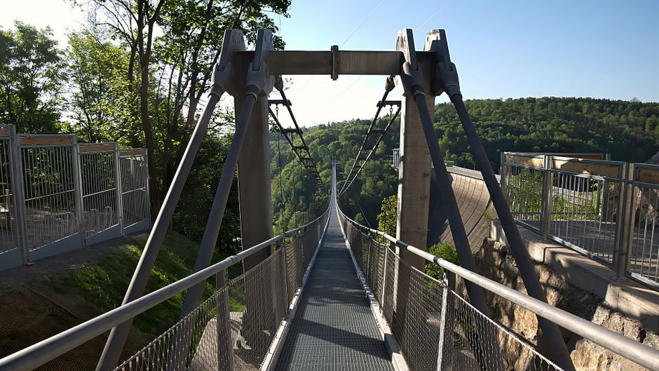 Die Titan-Hängebrücke ist eine der längsten der Welt. Traust du dich, sie zu begehen?