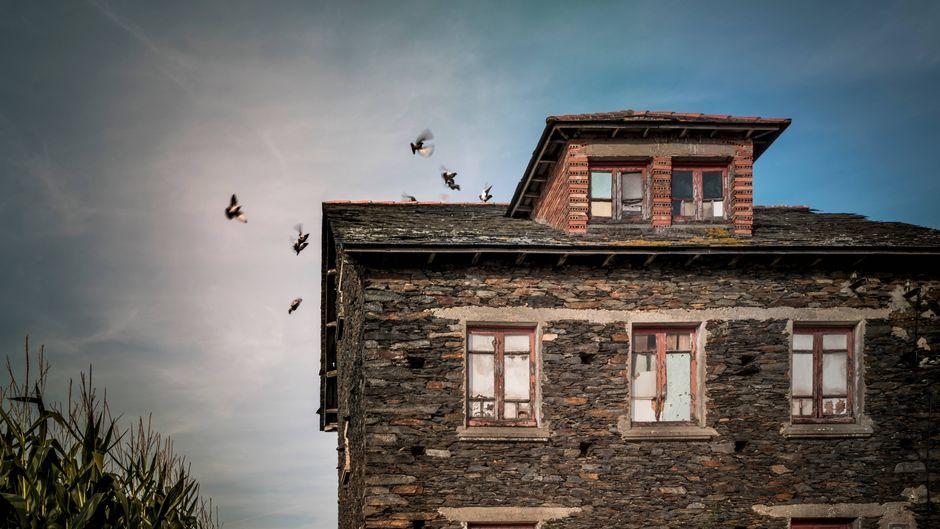 Ein Geisterhaus.