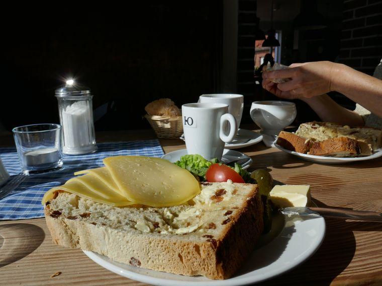 Der Rosinenstuten im Restaurant Domäne Bill gilt als legendär lecker.