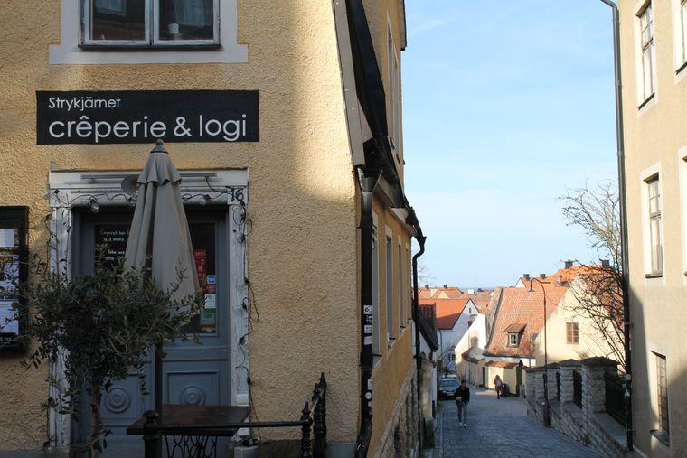 """Crêperie & Logi"" in Visby auf Gotland."