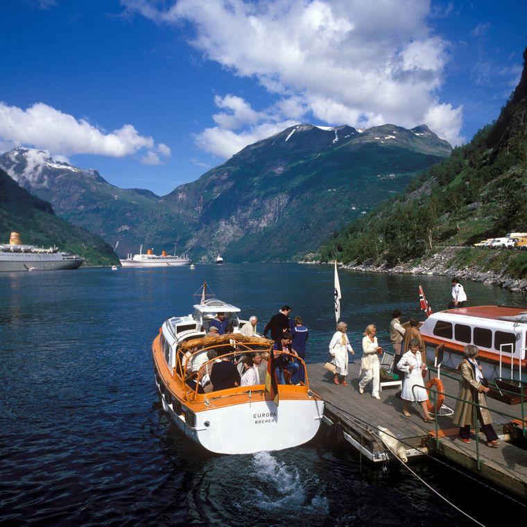 Zubringerboot der MS Europa im Geirangerfjord, Norwegen. (Symbolbild)