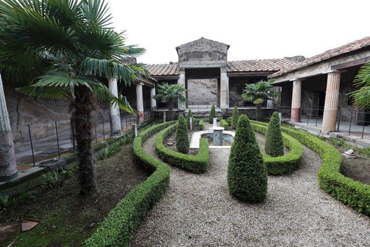 Das Haus der vergoldeten Amoretten in Pompeji ist nach Restaurierungsarbeiten nun wieder für Besucher zugänglich.