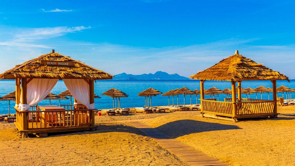 Blick auf das Vorfeld des Flughafens von Kos.